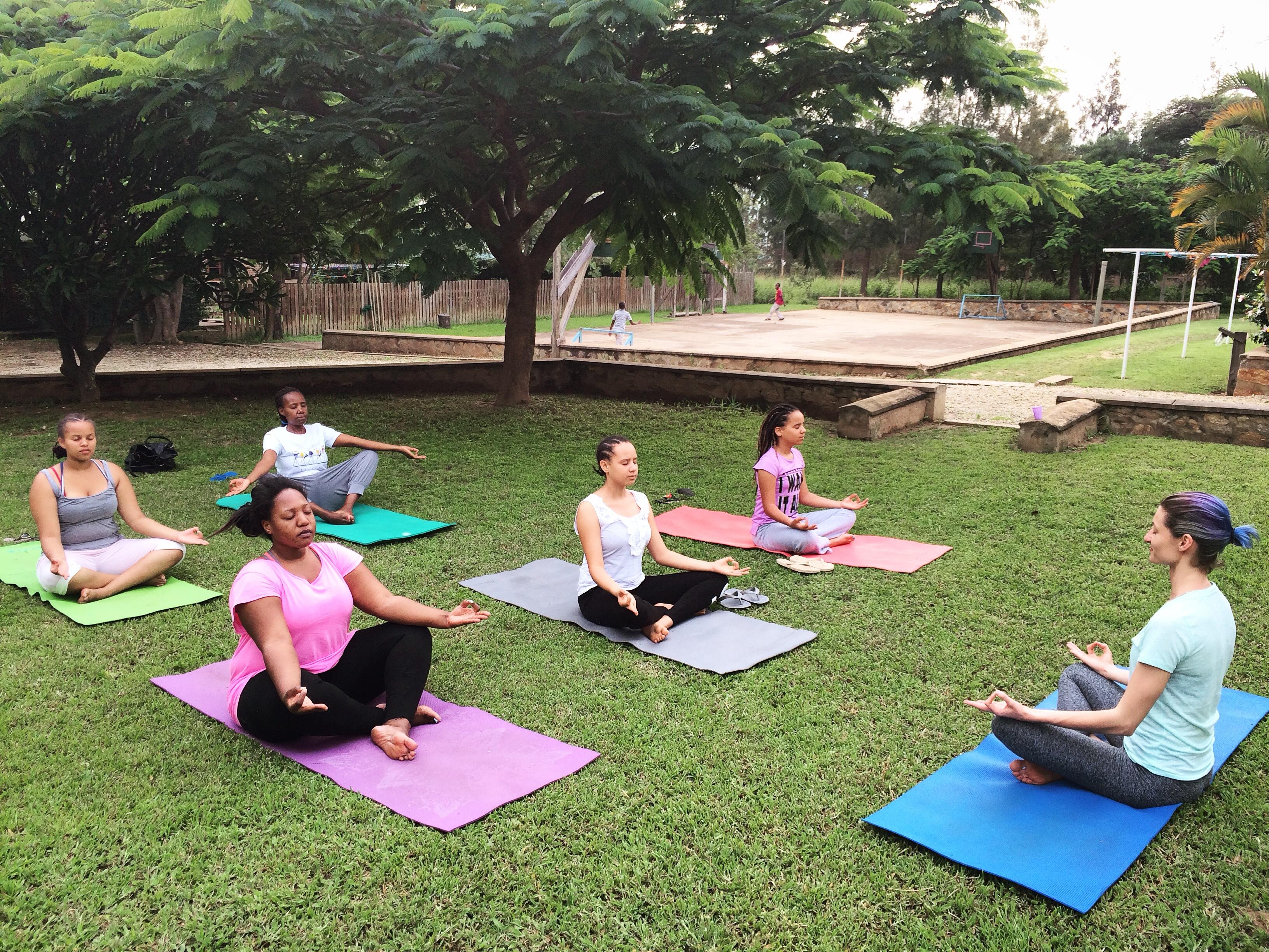 anya_yoga_class